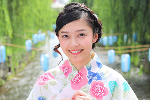 top_yukata_higashigaki_anna2