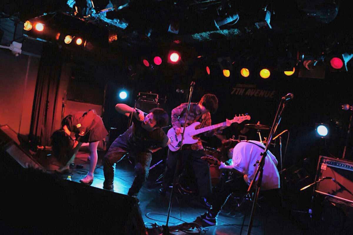 マキシマムザホルモンのコピーバンド