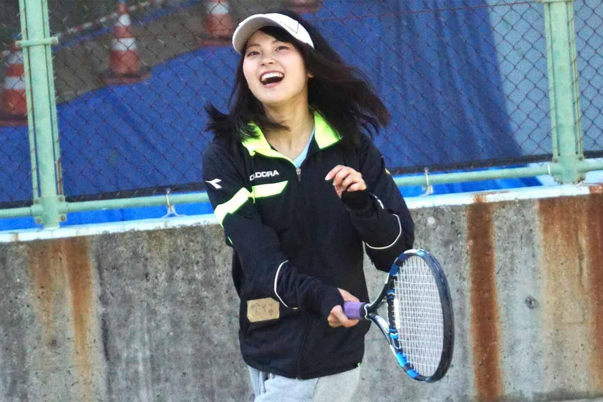 テニスサークルの福山佳那