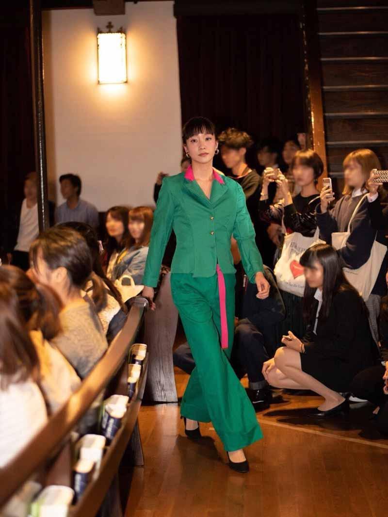 neufのファッションショー