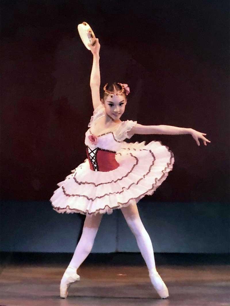 バレエ中の安原舞2